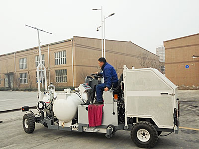 DY-MSAL-I/II Middle Driving-type Cold Paint Airless Road Marking Machine