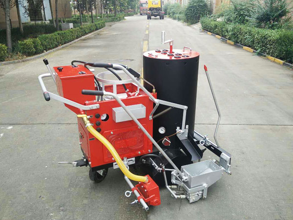 DY-SPT-I/II Self-propelled Thermoplastic Screeding Road Marking Machine