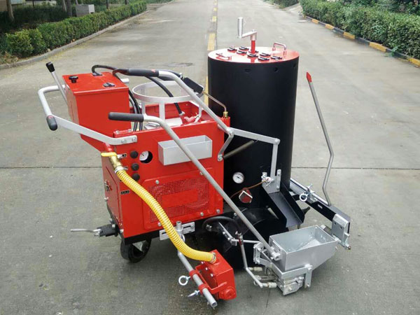 DY-SPT thermoplastic road marking machine 01
