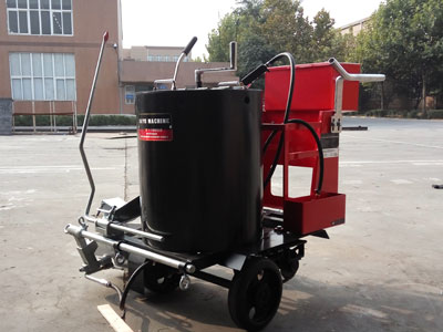 AC-HPT thermoplastic road marking machine